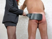 pantyhose-mistress-spanking (10)