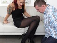 redhead-pantyhose-mistress (1)