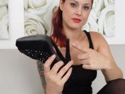 redhead-pantyhose-mistress (2)